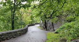 Fort Tryon Park  Riverside Drive to Broadway  New York, NY 10040